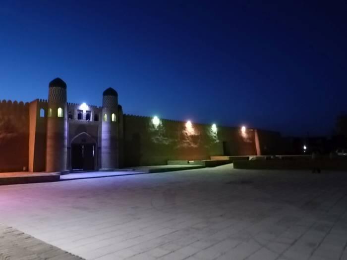 Chiwa nocą