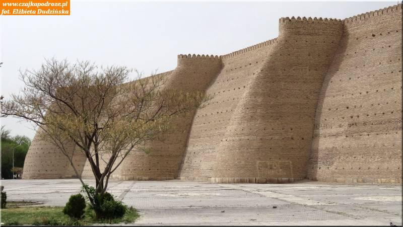 26. Buchara - mury Cytadeli Ark