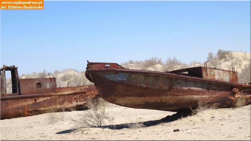 7. Wraki statków nadnie Morza Aralskiego