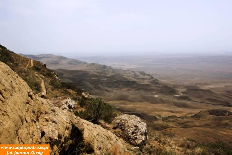 W dole Azerbejdżan.