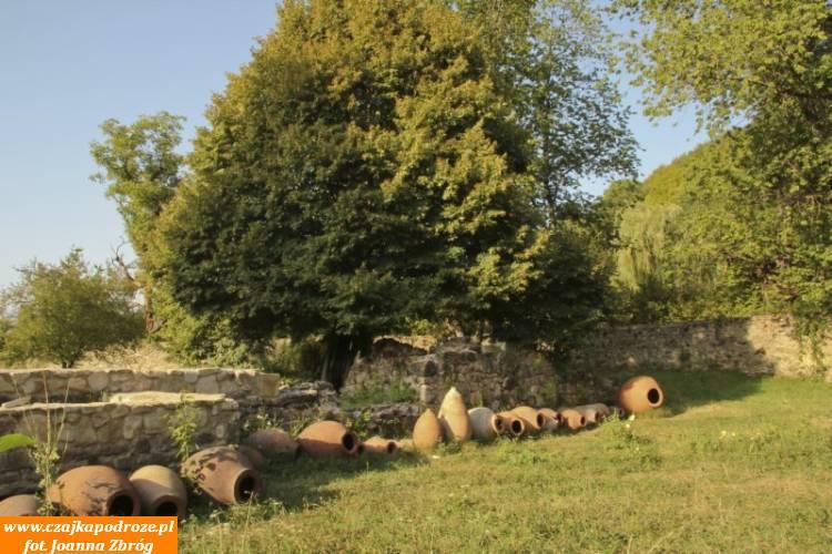 Pozostałości poświetności monasteru Ikalto.