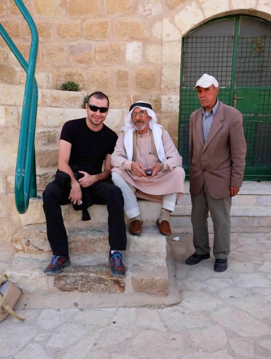 Na zakończenie dnia jeszcze szybka pogawędka zJordańczykami imożna ruszać dalej.